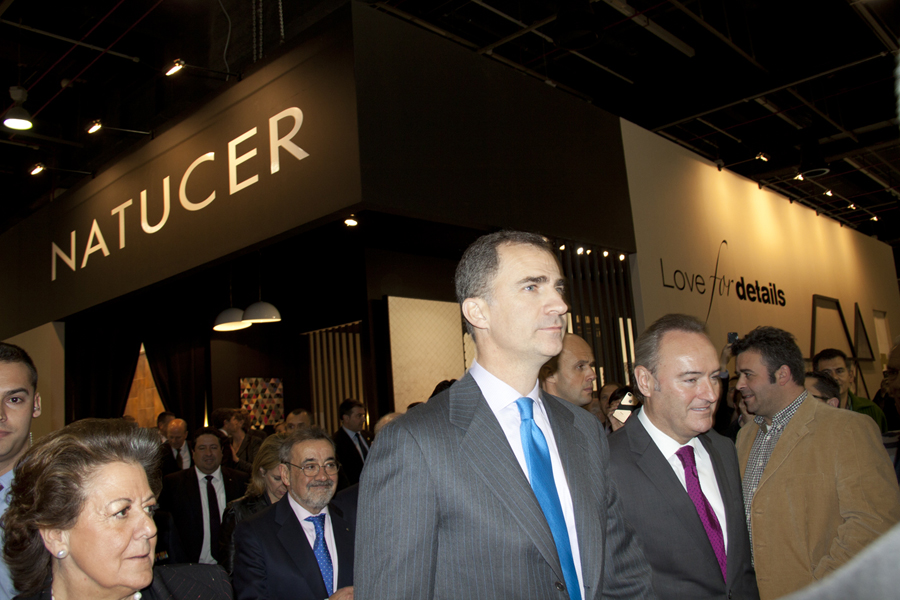 Imagenes Royal visit to Natucer's Booth